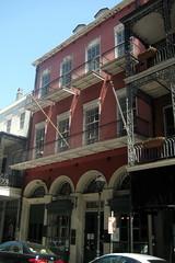 New Orleans - French Quarter: La Pharmacie Fra...