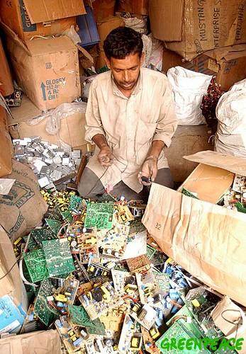 Reciclado de basura electrónica