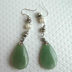 green earrings by klynslis