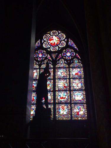 With my N95, Notre Dame, Paris, 2008