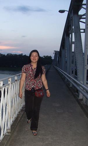 qua cau Trang Tien by you.