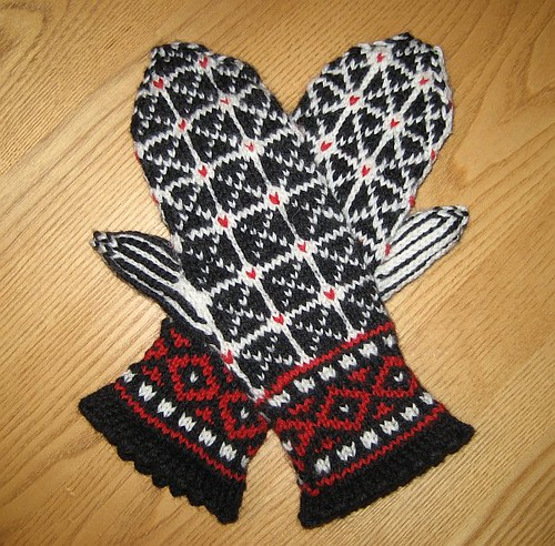 Latvian-Inspired Mittens