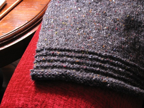 Grey Tweed Pullover edge detail
