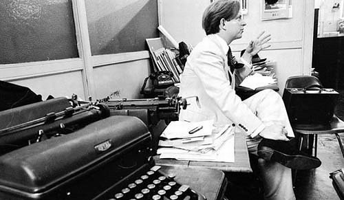 TOM WOLFE [1931- ] Image