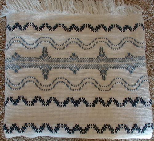 close up Swedish weave blanket