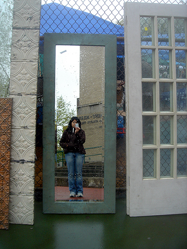 Brooklyn Flea April 27, 2008