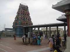 Rajagopuram from right side outer praharam