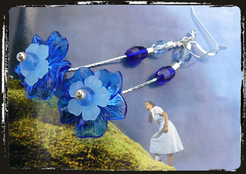Orecchini blu fiore - Blue lucite flowers earrings AMHDLFB