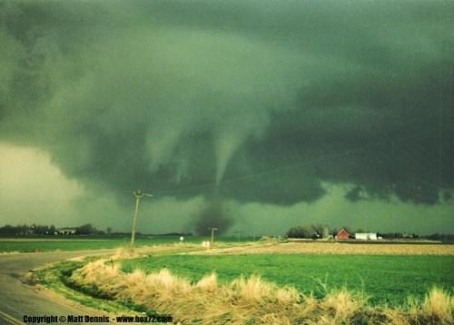 www.box72.com - PHOTO 6 35mm film by Matt Dennis, Sedgwick Kansas Tornado 4-9-1990.