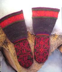 flowery mittens