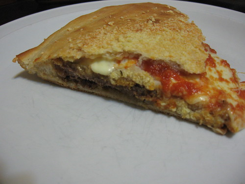 pizza stuffed with milanesas