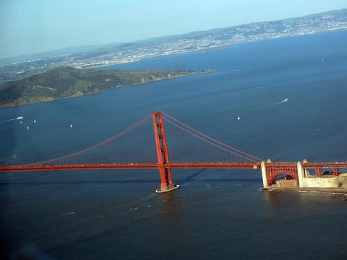 flight over San Francisco Golden Gate Bridge photo: copyright 2008 Charles Jackson