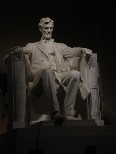 Lincoln Sculpture at Night