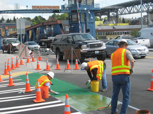 Green Lanes going in on the South end of Fremont Bridge