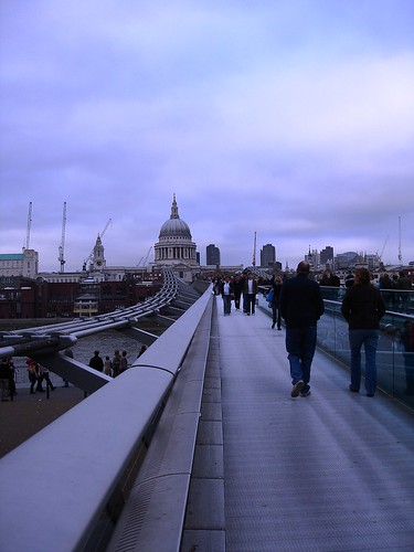 Millennium Bridge 3pm Saturday