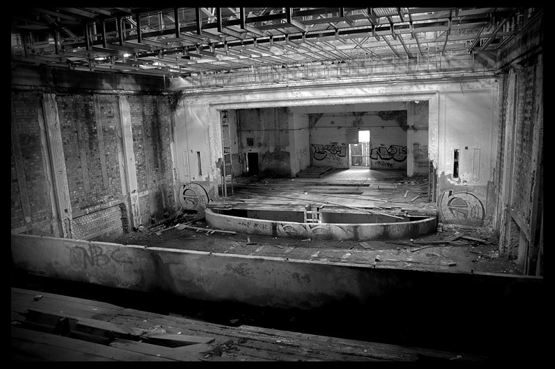 urbex urban exploration decay abandoned belgium infiltration Germany Deutschland Haus Kultur