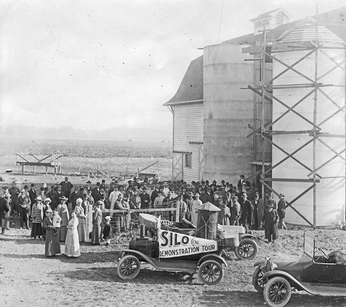 Silo demonstration tour, 1916 by Oregon State University Archives