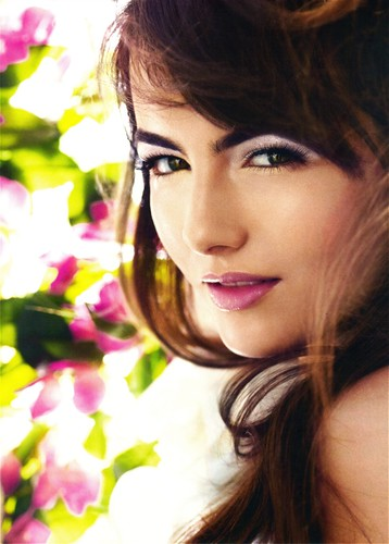Camilla Belle layout by Tammy Manet.