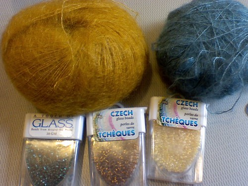 beads and yarn for purse