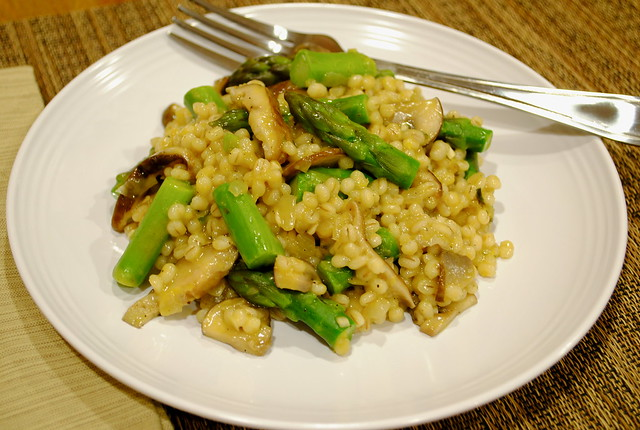 Barley Risotto with Asparagus and Mushrooms
