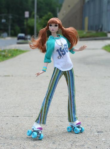 Misaki Goes Roller Skating