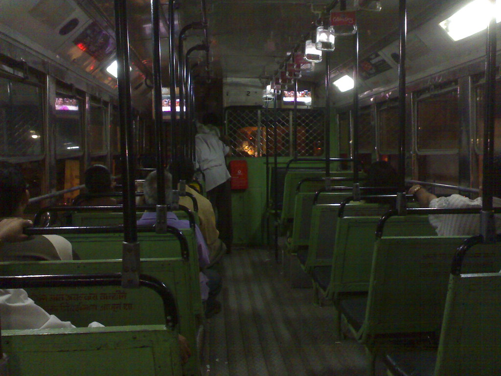 TV screens on local bus 1