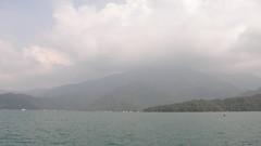 57.日月潥??邊的山水湖景