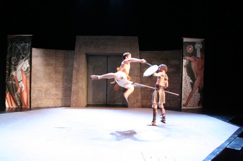 Troilus flies with his spear