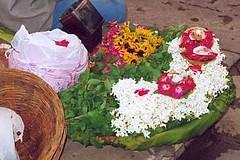Offrandes au Ganga, Varanasi