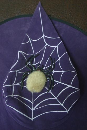 有蜘蛛圖案的巫婆帽
