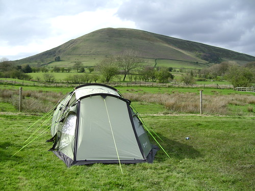 Tent with view of Kinder Plateau