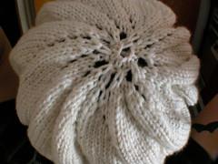 White pinwheel beret 1