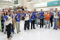 Walmart International Associates tour local Wa...