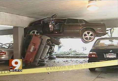 Crazy Car Crash by dougall369.