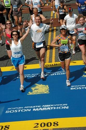 Mile 9 - Pacing my run'n beotches!