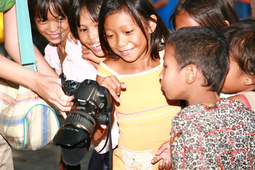 Philippinen  菲律宾  菲律賓  필리핀(공화�) Pinoy Filipino Pilipino Buhay  people pictures photos life Philippines,Vigan, Ilocos Sur, rural, children, camera smiling