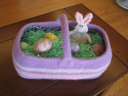 Really cute idea for a basket that you can reuse!  Much better than the plastic kind that just gets tossed!