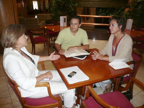 CHA informa sobre el trasvase a Barcelona a la eurodiputada Monica Frassoni