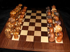 Chess set-lions vs dogs-004