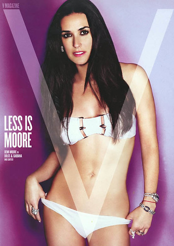 demi_moore_V_big