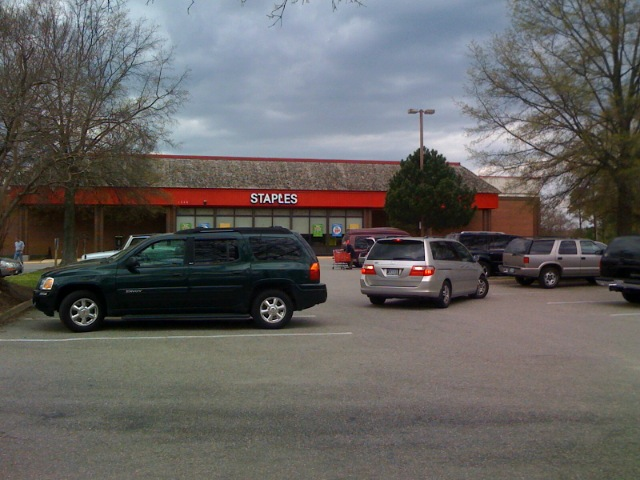 Staples, Williamsburg, VA