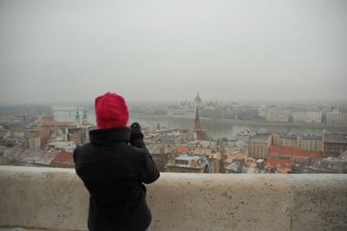 Geneviève devant le Danube