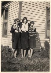 vintage girls in black skirts