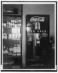 19whiteOnlyCoca-ColaMach1943-1960