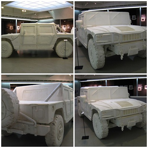 Styrofoam Hummer H1
