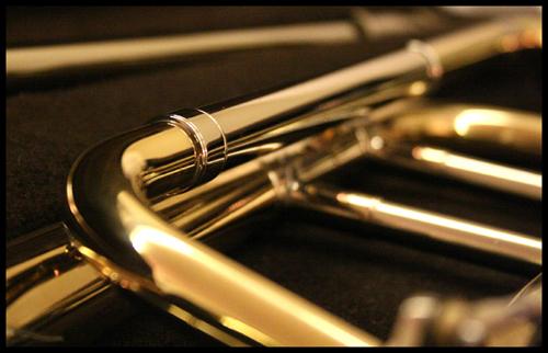 horn four