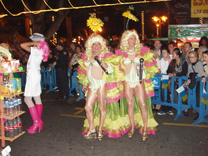 drag queens at Puerto's Carnaval