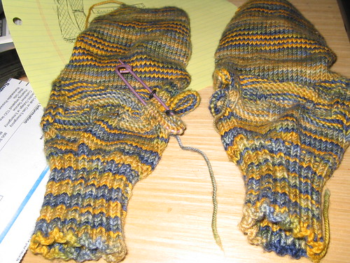 fingerless mitten procrastination