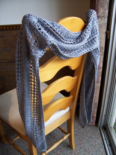 Lacey Waves Scarf, originally uploaded by The Running Yarn