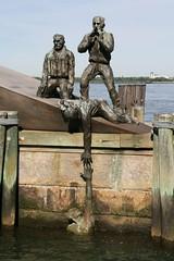 2008-05-24-NYC-merchant-marine-memorial